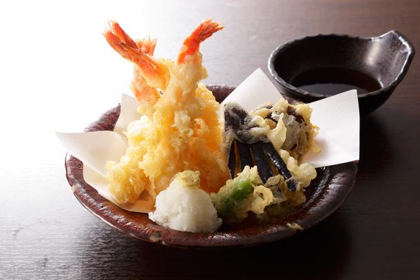 大海老と季節野菜の天婦羅盛り合わせ